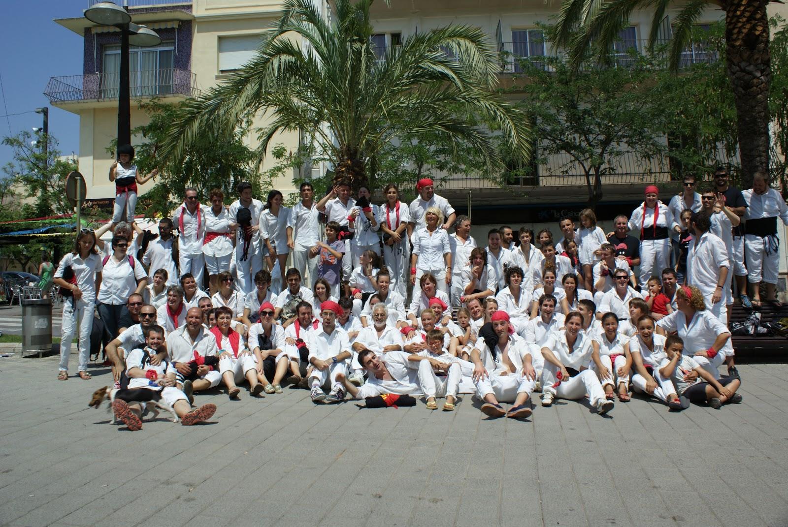 Foto de la colla després de la diada de la Festa Major de la Ràpita 2013