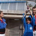 Entrega de l'obsequi per part dels Castellers de Gavà
